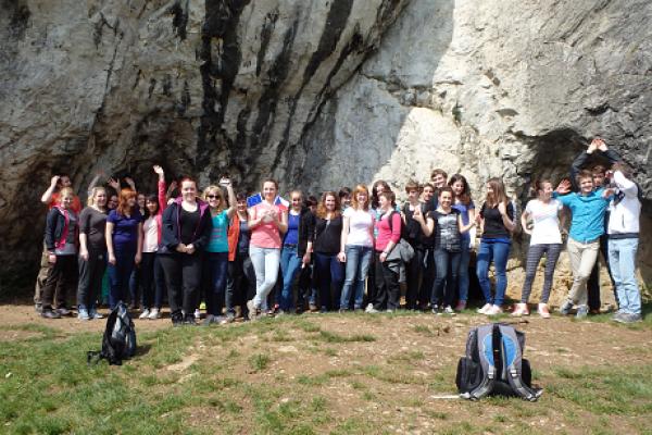 Maturanti zakončili studium badatelským dnem v Moravském krasu